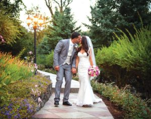 Couple Kissing in Garden (Grupp and Rose Photography)