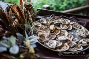 Aneleen And Jason's Wedding—Raw Bar (Windau Photography)