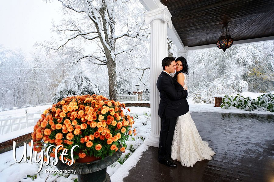 Jill and Brandon's Winter Wedding (Ulysses Photography)