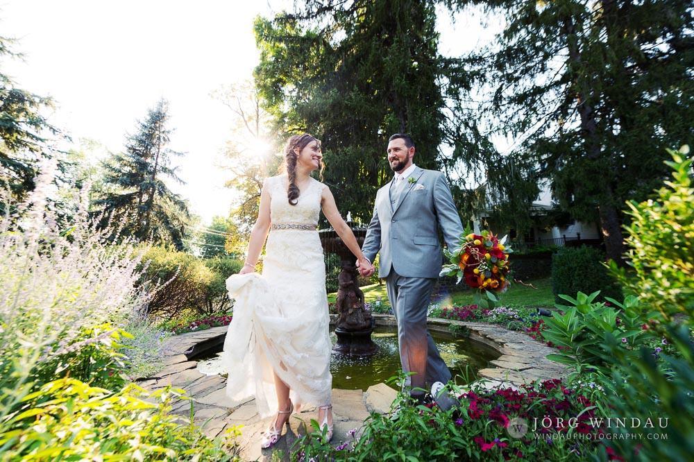 Laura and Jim Hudson Valley, NY Summer Wedding (Windau Photography)
