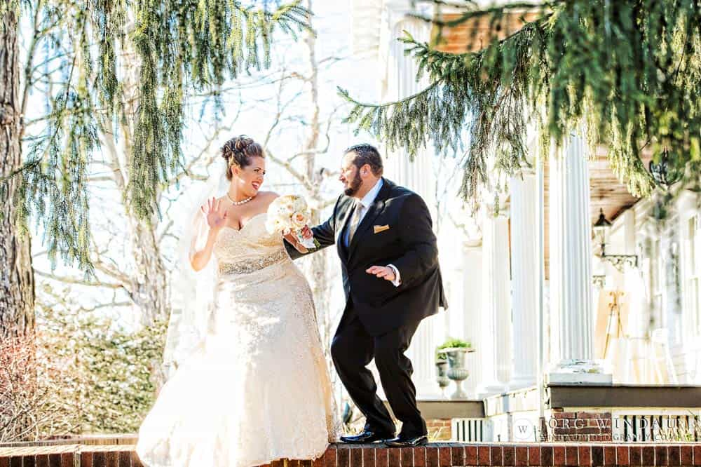 Eve and Jason\'s New Year\'s Day New York Wedding — FEAST at Round ...