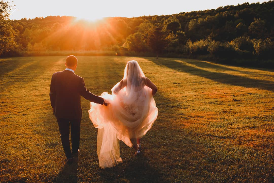 Jennifer and Scott's Summer Wedding at FEAST at Round Hill