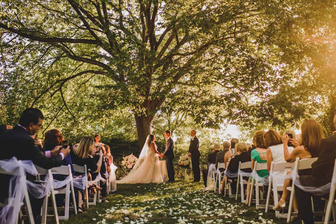 Jennifer and Scott's Summer Wedding at FEAST at Round Hill (J&R Photography)