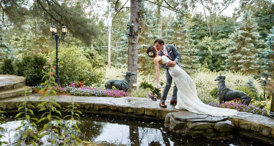 Summer Wedding Ceremony: Emily and David's July Wedding